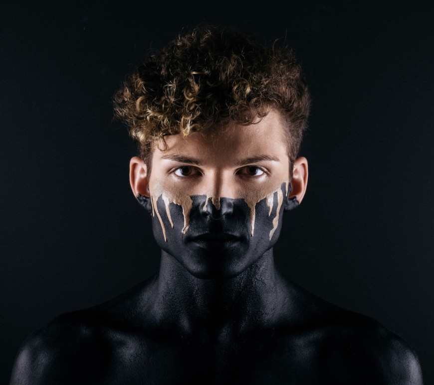 Man with makeup. Image: Noah Buscher on Unsplash