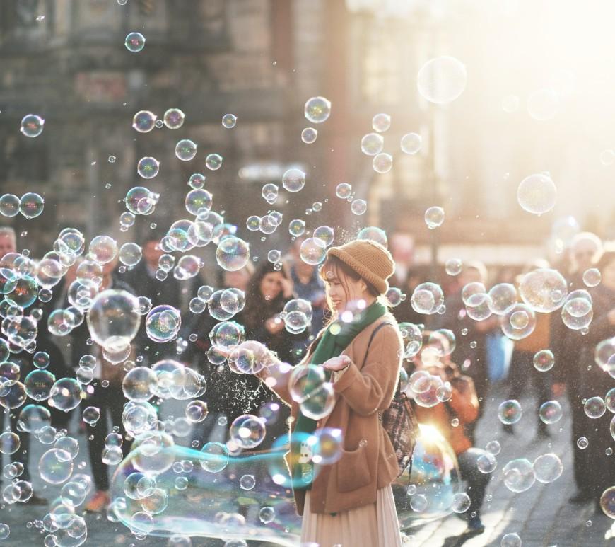 Living life. Image: Alex Alvarez on Unsplash