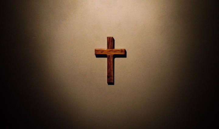 Christian Cross. Image: James on Unsplash